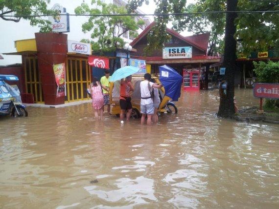 boracay-flood